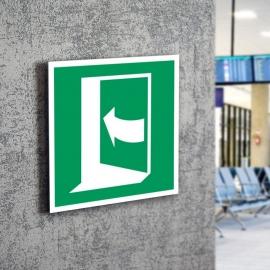 Znak LEVI E22 Pchać z lewej aby otworzyć E022 150x150PF